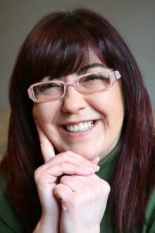Ana F. Malory: Entrevista