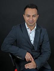 Julián Popov